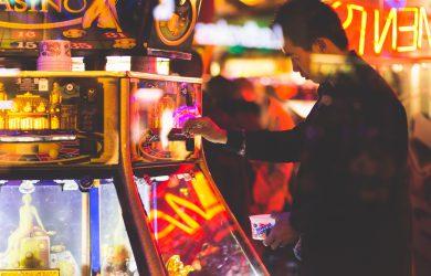 Man på ett casino